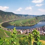 """Easy hiking in the Mosel Region by Moselschleife by Bremm"""