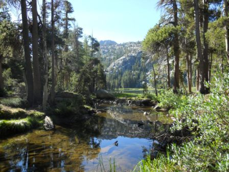 """Winnemuca Lake easy hiking in Lake Tahoe area"""