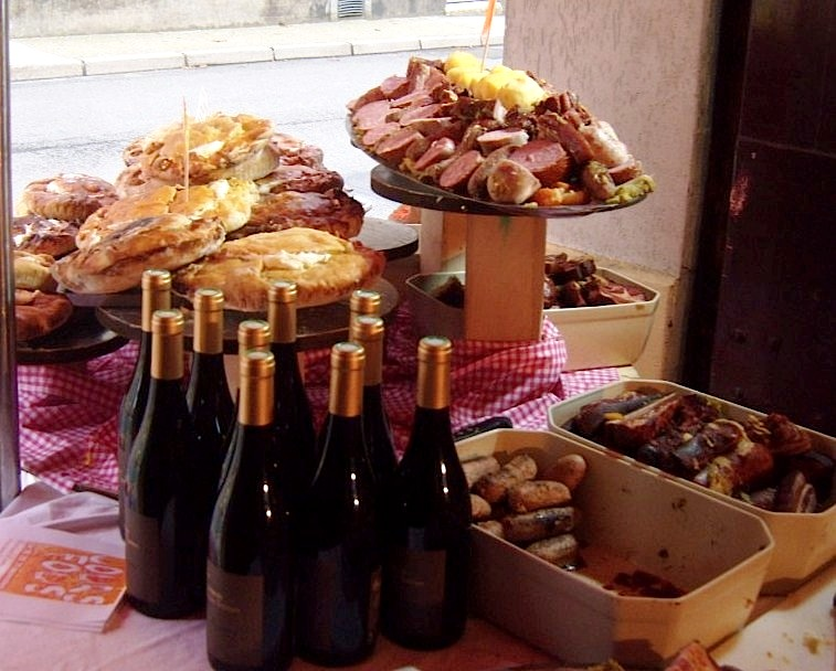 """Meats and wine at the butchers in St Remy les Chevreuse near Paris"""