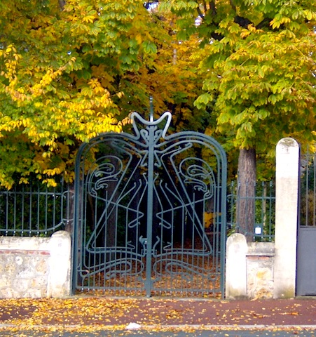 """One of the ornate gates seen along a day hike in Paris near St Germain en Laye"""