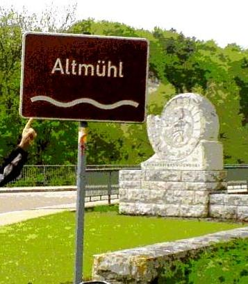 """Altmuehl road sign for Oktoberfest and easy hiking in Munich"""