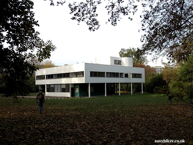 """The white house Le Corbusier built in Poissy near Paris"""