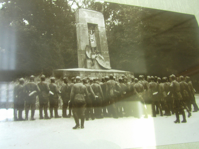 """Hitler's soldiers in front of Compiegne memorial in 1940"""