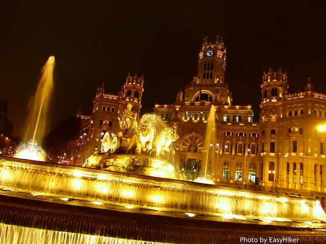 """Plaza de Cibeles seen on midnight in Madrid"""