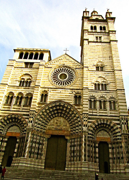 """Il Duomo Genoa, one example of the churches of Europe in Italy"""