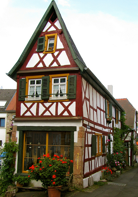 """timber-framed old building in Wolfstein in the Palatinate"""