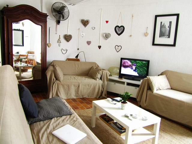 """Living room of vacation rental flat no. 4 Impasse de l'Orme in Antibes"""