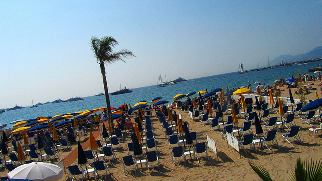 """Oh yes we Cannes - A private beach along the Croisette"""
