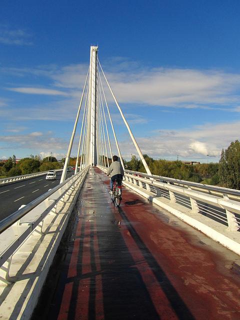 """Pedestrian pathway of the Alamillo bridge when walking Seville"""