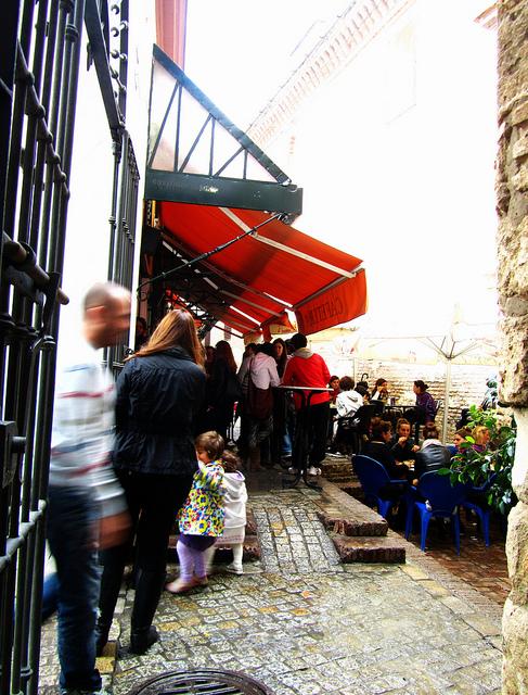 """The Cantina in the Mercado de Feria to go to market in Seville"""
