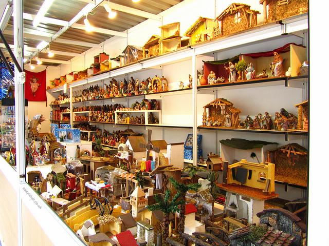 """morefigurines for the nativity scene in Feria del Belen in Seville"""