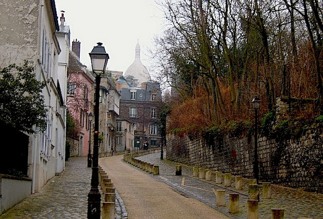 """Montmartre holds a promise of some themed urban walks in Paris for you"""