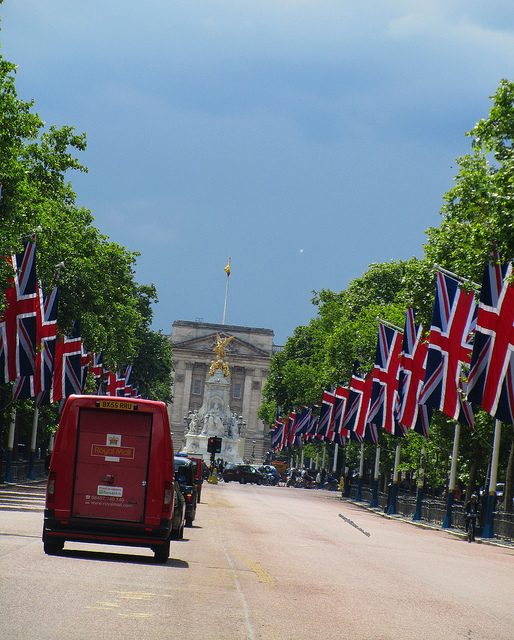 """Buckingham Palace London seen half way from the Mall"""