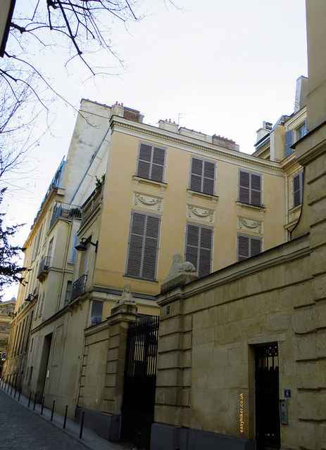"""Hemingway's house on No. 6 rue Ferou along the Paris urban walk in the Latin quarter"""