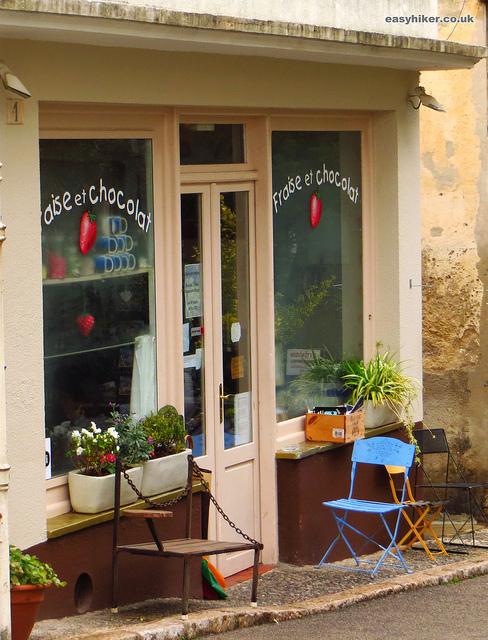 """Fraise et Chocolat coffee house in Roquebrune"""