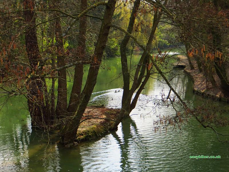 """a fine weather walk along a river near Paris"""