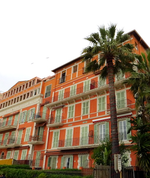 """Holiday homes in Menton, Cote d'Azur"""