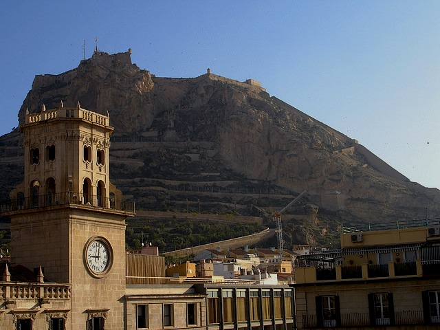 """""""mount Benacantil for a walking holiday in Alicante"""""""