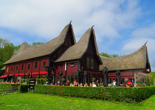 """A thatched cafe/restaurant after a walk in Rotterdam Kralingse Bos"""