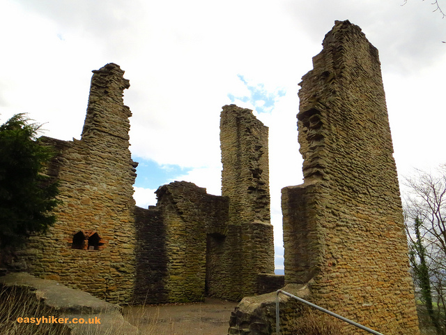 """castle ruins in daytrip destination Syburg near Dortmund"""