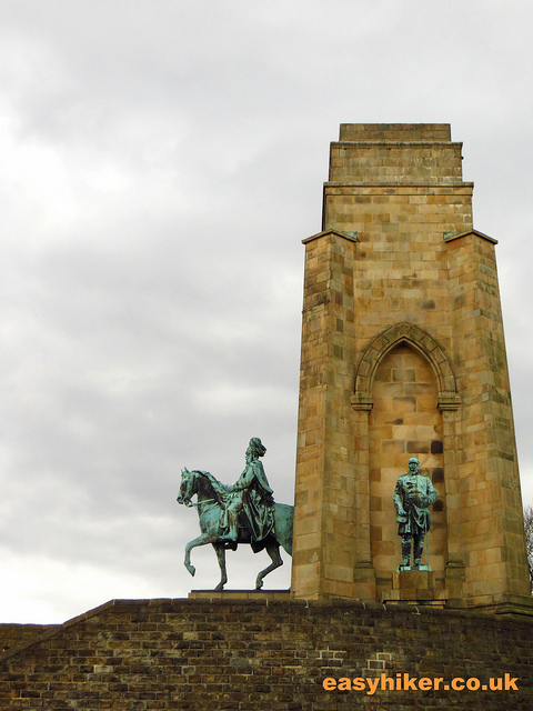 """Memorial to Kaiser Wilhelm I in daytrip destination Syburg"""