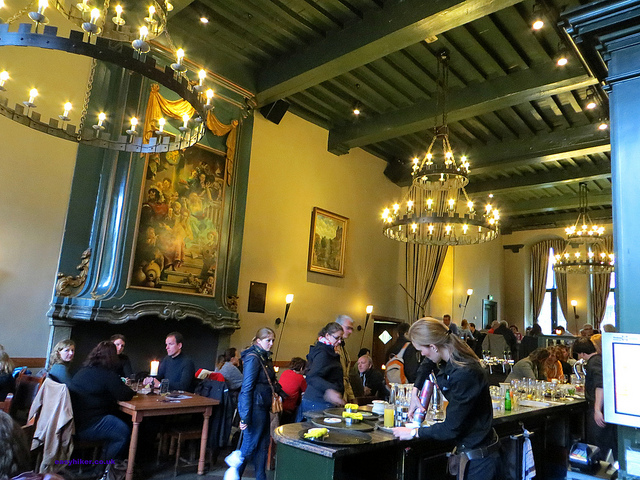 """Eating in Utrecht - Inside the Stadskasteel (City Castle) Oudaen"""