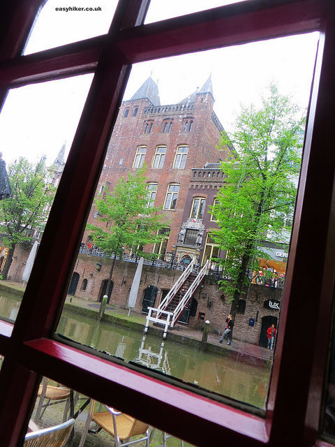 """Eating in Utrecht - view from inside Pannenkoekenrestaurant 'De Oude Muntkelder'"""
