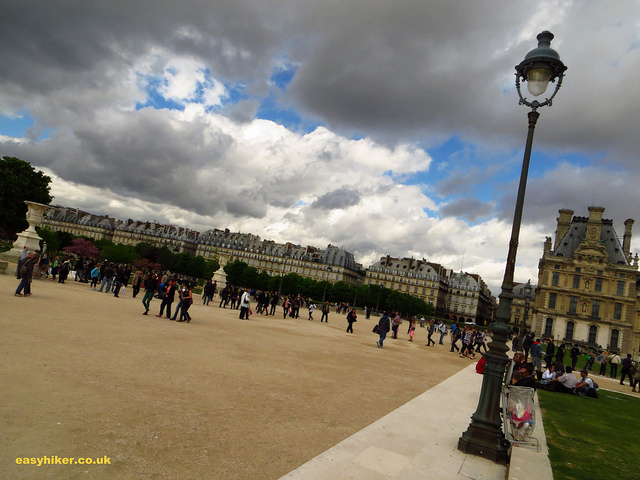 """Av. de General Lemonnier by the Louvre along one of the themed walks in Paris"""