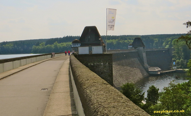 """Walking on Moehnetalsperre bridge, the most famous dambusters raid target"""