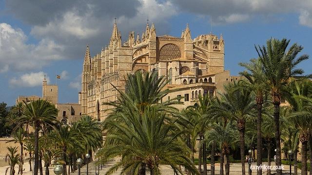 """""""La Seu Cathedral to see in Palma de Mallorca"""""""