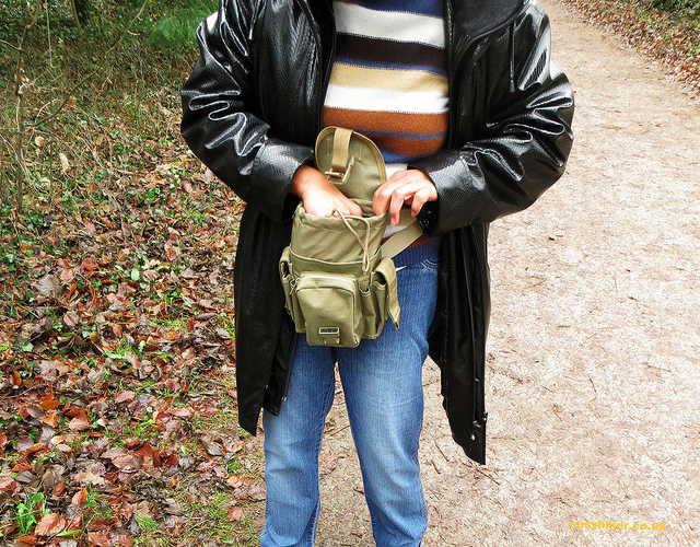 """Product review: fanny pack for a day hike"""