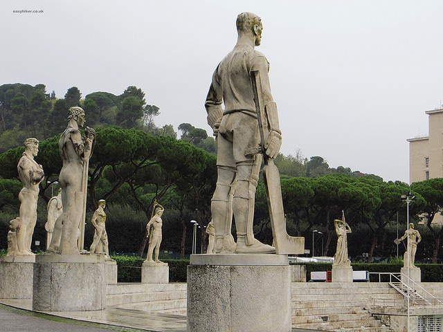 """Statue of the hockey player in the Stadio dei Marmi - examples of Italian fascist sculptures"""
