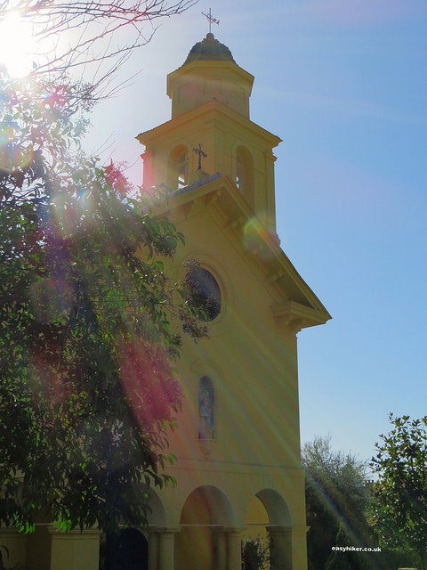 """Anglican church in Beaulieu sur Mer - French Riviera hikes"""