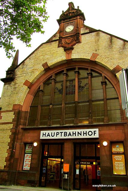 """discreet charm of train stations like this German Hauptbahnhof"""