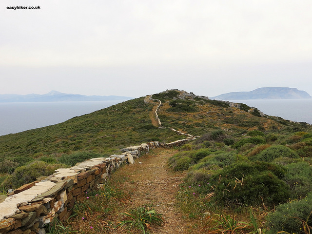 """Path leading to the Tomb of Homer - one of the sights of Ios"""