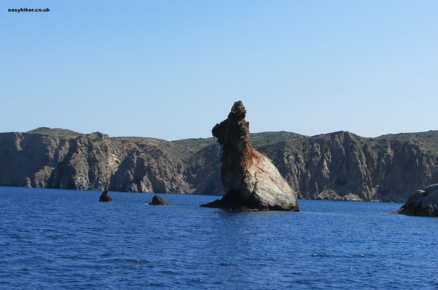 """A bunny on one side - geological varieties of Milos"""