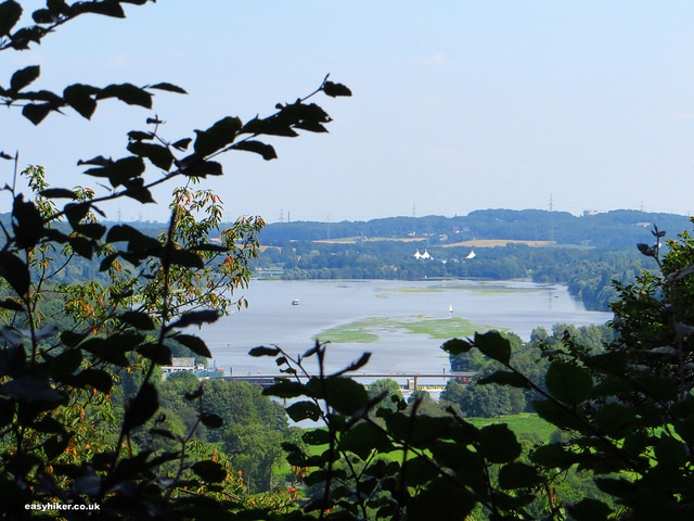 """Lake Kemnade seen from the perfect hiking trail Blankenstein"""
