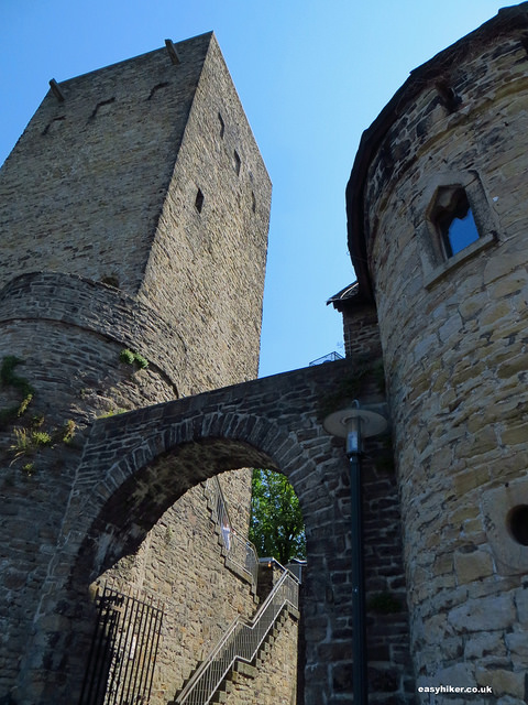 """""""Blankenstein Castle along the perfect hiking trail"""""""