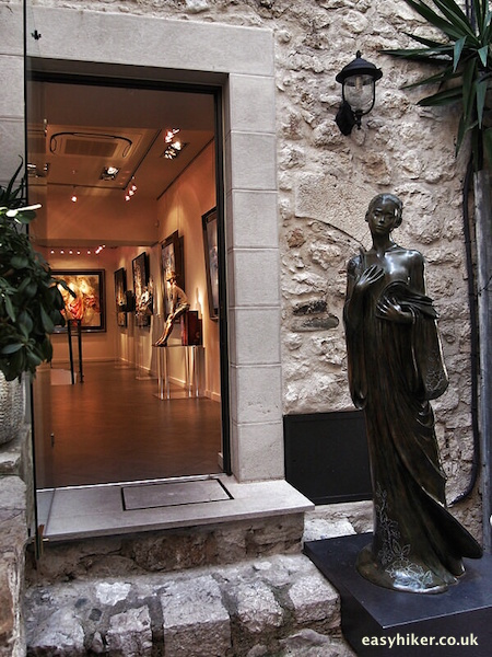 """look into an art gallery in St Paul de Vence - taste of Provence"""