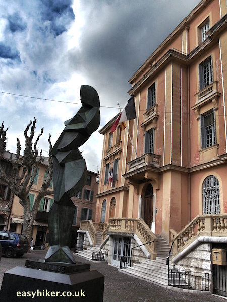 """sculpture in front of Vence city hall"""