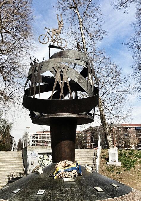"""Monument in honour of Fausto Coppi in Turin"""
