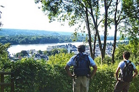 """EASY HIKES IN RHINELAND"""