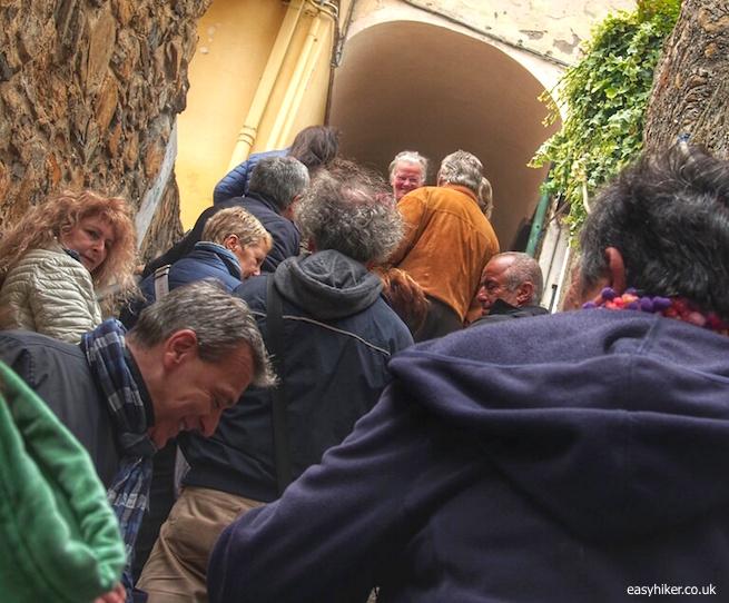 """""""Passegiando-Assaporando - hiking Italian style"""""""