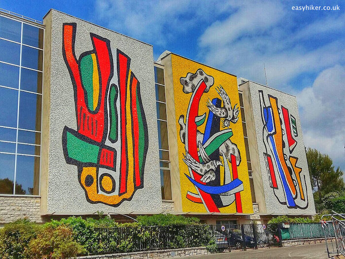 """""""The back country wins with Biot - Fernand Leger works"""""""