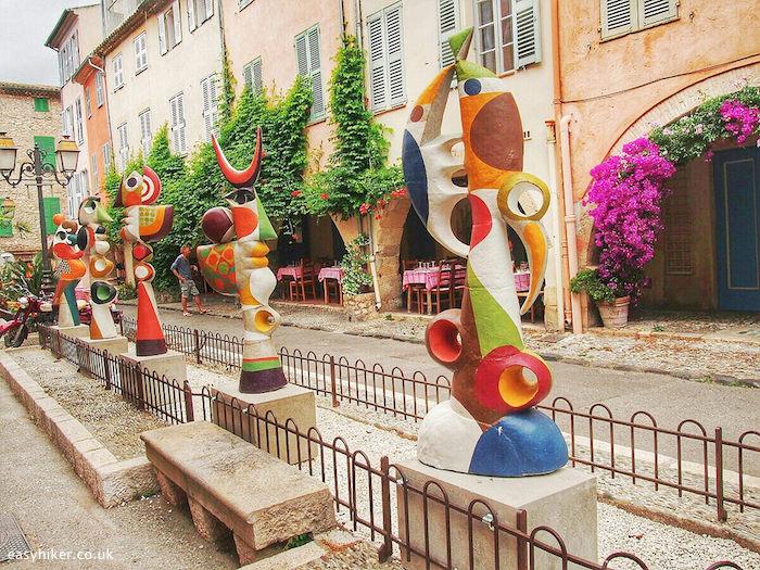 """modern sculptures adorning plaza in Biot """