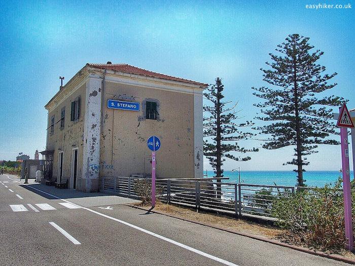 """old Santo Stefano Liguria train station"""