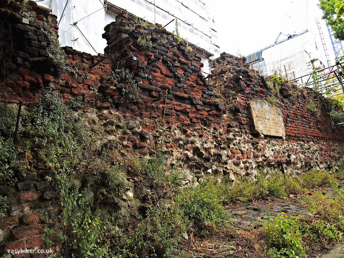 """a medieval wall around London"""
