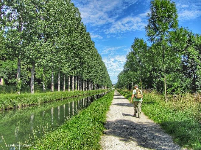 """top easy hiker tips near Paris"""