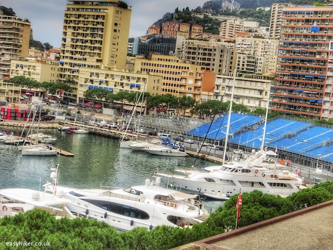 """top easy hiker tips around Monte Carlo"""