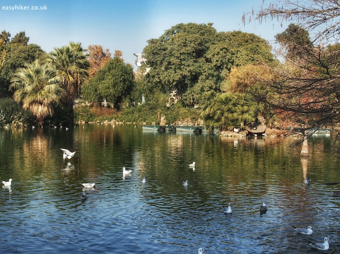 """Lake in Parc de Ciutadella - Barcelona City Walks"""